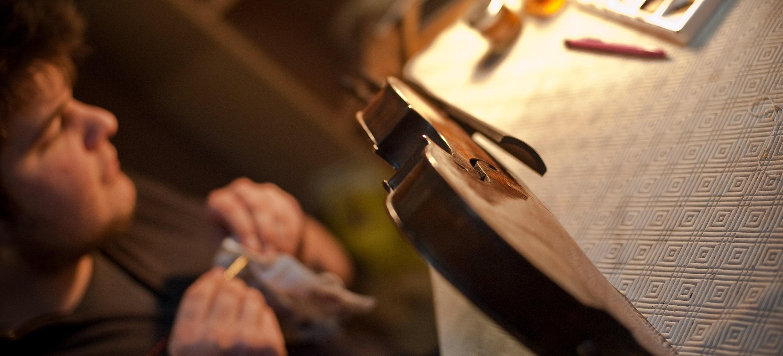 Luthier à Arlon, Luxembourg
